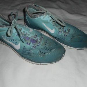 Nike Free TR Fit 4 Green Size 9.5 Womens